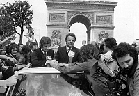 0147558 © Granger - Historical Picture ArchiveJEAN MICHEL LARQUE.   On the Champs Elysees in Paris, the crowd welcome Jean Michel Larque, captain of St Etienne team, and Pierre Garonnaire, trainer, when they came back from Glasgow on may 13, 1976 after the (lost) finale of Europ Cup. Full credit: AGIP - Rue des Archives / Granger, NYC -- All ri.