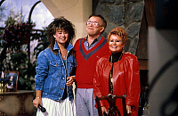 0147752 © Granger - Historical Picture ArchiveJIM BAKKER.   Jim Bakker founder of religious center Heritage USA at Fort Mill South Carolina in 1987 here wife wife Tammy (r) and daughter Tammy Sue (l). Full credit: AGIP - Rue des Archives / Granger, NYC -- All rights reserved.