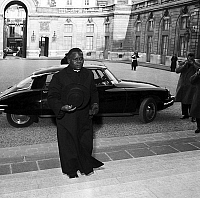 0149251 © Granger - Historical Picture ArchiveL'ABBE FULBERT YOULOU.   Fulbert Youlou, prime minister of Congo, arriving at Elysee in Paris to attend meeting of franco-african community february 3, 1959. Full credit: AGIP - Rue des Archives / Granger, NYC -- All rights reserved.