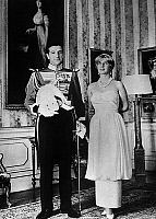 0149637 © Granger - Historical Picture ArchiveLE DUC AND THE DUCHESSE D'ALBE.   Maria del Rosari Cayetana FitzJames-Stuart, 18th Duchess of Alba de Tormes, with her husband Pedro Luis Martinez de Irujo in Liria palace in Spain on december 11, 1959. Full credit: AGIP - Rue des Archives / Granger, NYC -- All rights reserved.