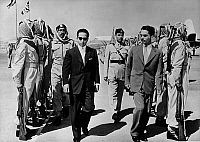 0150218 © Granger - Historical Picture ArchiveLE ROI FAISAL D'IRAK AND THE ROI HUSSEIN OF JORDANIE.   l-r the king Faisal d'Irak and the king Hussein of Jordan during a visit in Bagdad on september 1956 for a possible treaty of defence. Full credit: AGIP - Rue des Archives / Granger, NYC -- All Rights Reserved.