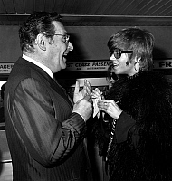 0150442 © Granger - Historical Picture ArchiveLEON ZITRONE.   french journalist Leon Zitrone interviewing actress Jane Fonda in Paris airport october 14, 1969. Full credit: AGIP - Rue des Archives / Granger, NYC -- All rights
