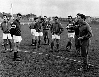 0150513 © Granger - Historical Picture ArchiveL'EQUIPE OF FRANCE.   l-r Wendling, Douis, Vincent, Muller, Senac, Fontaine, Heutte of France soccer team during training with trainer Albert Batteux before match-against Austria soccer team in Colombes december 09, 1959. Full credit: AGIP - Rue des Archives / Granger, NYC -- All rights reserved.
