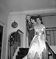 0150596 © Granger - Historical Picture ArchiveLES DEBUTANTES.   Veronique de Montesquiou Fezensac, Francoise Beghin and Elizabeth de la Gabbe on july 10, 1958 in Paris 2 days before ball of the debutantes which will take place in Versailles. Full credit: AGIP - Rue des Archives / Granger, NYC -- All Rights Reserved.