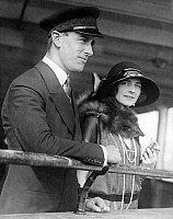 0151235 © Granger - Historical Picture ArchiveLORD MOUNTBATTEN.   Lord Louis Mountbatten , kingGeorge's cousin , with his fiancee Edwina Ashley on liner Majestic arriving in New York april 10, 1922. Full credit: AGIP - Rue des Archives / Granger, NYC -- All rights reserved.