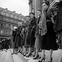 0152156 © Granger - Historical Picture ArchiveMANNEQUINS OF THE FOURRURE.   Models wearing fur coats by famous furriers outside the Opera de Paris, on october 26, 1952. Full credit: AGIP - Rue des Archives / Granger, NYC -- All Rights Reserved.