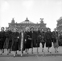 0152157 © Granger - Historical Picture ArchiveMANNEQUINS OF THE FOURRURE.   Models wearing fur coats by famous furriers outside the Opera de Paris, on october 26, 1952. Full credit: AGIP - Rue des Archives / Granger, NYC -- All Rights Reserved.