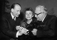 0152262 © Granger - Historical Picture ArchiveMARCEL ACHARD, PIERRE DUX AND SUZANNE FLON.   Marcel Achard giving a prize to comedians Pierre Dux and Suzanne Flon november 25, 1965. Full credit: AGIP - Rue des Archives / Granger, NYC -- All Rights Reserved.