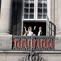 0152493 © Granger - Historical Picture ArchiveMARGRETHE AND HENRI OF DANEMARK.   Wedding of Princess Margrethe of Denmark (future queen Margrethe II) and prince Henrik (Henri de Laborde de Monpezat) june 10, 1967 here at Fredensborg castle. Full credit: AGIP - Rue des Archives / Granger, NYC -- All Rights Reserved.