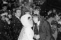 0152887 © Granger - Historical Picture ArchiveMARRIAGE OF ROBIN GIBB AND MOLLY HULLIS.   Robin Gibb (18 years), musician of the Bee Gees and his fiancee get married decembre, 5 1968. Full credit: AGIP - Rue des Archives / Granger, NYC -- All Rights Reserved.