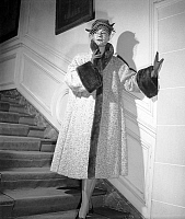 0155372 © Granger - Historical Picture ArchiveMODE JACQUES FATH.   Presentation of fashion by Jacques Fath in 1951 : coat with fur and veiled hat. Full credit: AGIP - Rue des Archives / Granger, NYC -- All rights reserved.