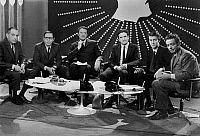 0156464 © Granger - Historical Picture ArchiveOPERATION ESPOIR, 1968.   l-r french radio-hosts Georges Lourier (France Inter), Jacques Paoll (Europe 1), Georges deCaunes (RTL), JM Royer (Radio Monte-Carlo), J Ferri (sud radio) and Pierre Sabbagh 'ORTF Television) during Hope deed against Cancer to collect finds for the research december 15, 1968. Full credit: AGIP - Rue des Archives / The Granger Coll