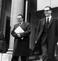 0156495 © Granger - Historical Picture ArchiveORTOLI AND CHIRAC.   Francois Xavier Ortoli (french minister of finances) and Jacques Chirac leaving Elysee palace after council of ministers, Paris, january 3, 1969. Full credit: AGIP - Rue des Archives / Granger, NYC -- All rights reserve
