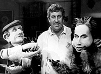 0160929 © Granger - Historical Picture ArchiveSTEPHANE COLLARO.   Stephane Collaro with the puppets of the Tvprogramm Le Bebete Show: Crabe-Suki (henri Krasucki) and Fafa (Laurent Fabius) September 1985. Full credit: AGIP - Rue des Archives / Granger, NYC -- All rights reserved.