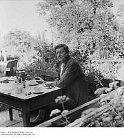 0087657 © Granger - Historical Picture ArchiveWYSTAN HUGH AUDEN   (1907-1973). English poet. Photographed in his garden at his house in Kirchstetten, Austria, 1959. Full credit: Imagno - ullstein bild / Granger, NYC -- All rig