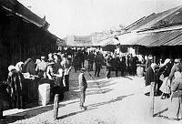 0102684 © Granger - Historical Picture ArchiveUKRAINE: KOVEL MARKET.   German and Austrian soldiers at a Jewish market in Kovel, Ukraine, during World War I. Photograph, 1915 or 1916. Full credit: Haeckel - ullstein bild / Granger, NYC -- All rights reserved.