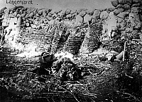 0127911 © Granger - Historical Picture ArchiveWORLD WAR I.   Theatre of war, western front, Flanders: 1. Battle of Ypres 20.10.-22.11.1914: Conquered British trenches after the assault of the German voluntary regiments at Langemark, 11.11.1914.