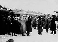 0127921 &copy; Granger - Historical Picture ArchiveWORLD WAR I.   Cease-fire negotiations between central powers and Bolshevic Soviet Russia at Brest-Litovsk (03.12.-17.12.1917): Arrival of the Russian delegation at the railway-station: Welcome of the Russian represenatives (with back to camera) from left Skalen, Fokke, Joffe, Kamenew, Karachan. <to the right saluting with helmet, Major Beckmann. 03.12.1