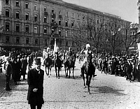 0127947 © Granger - Historical Picture ArchiveWORLD WAR I.   Finland: Civil war Finland (from 28 Jan. on): Entry of General von Mannerheim (C-in-C of Finnish 'white guards' in Helsinki (Helsingfors) 16.05.1918.
