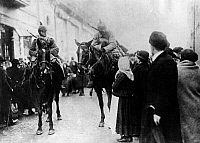 0128186 © Granger - Historical Picture ArchiveWORLD WAR I.   1.WW, Theatre of war Rumania: Taking of Bucharest by the troops of the central powers dec. 12th. 1916: German cavalry patrol in a street , about 7.dec.1916:
