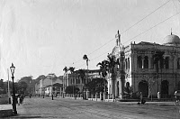 0168618 © Granger - Historical Picture ArchiveSINGAPORE: ROAD, c1900.   Brass Bassan Road and Saint Joseph's school in Singapore, while under British colonial rule. Photograph, c1900. Full credit: Haeckel-Archiv - ullstein bild / Granger, NYC -- All rights reserved.