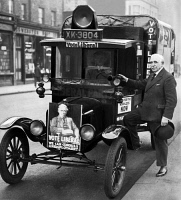 0169322 © Granger - Historical Picture ArchiveCAMPAIGN CAR, 1929.   Great Britain, election: car for campaigning. Photographed by Sennecke, 1929.