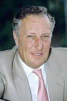0189460 © Granger - Historical Picture ArchiveAUTHOR FREDERICK FORSYTH.   Frederick Forsyth, Author, UK - 01.11.1993 No-commercial-use!, ullstein bild ID 00934157.