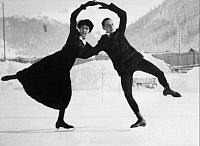 0190083 © Granger - Historical Picture ArchiveBERLIN FIGURE SKATER THEA FRENSSEN AND J.   Berlin figure skater Thea Frenssen and J. Vogel - 1914 Vintage property of ullstein bild, ullstein bild ID 00997410.