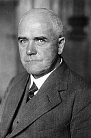0194056 © Granger - Historical Picture ArchiveERNST FLEMMING.   Ernst Flemming, head of a ministry department, portrait by Keystone 1930, ullstein bild ID 00248790.