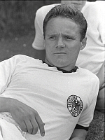 0194914 © Granger - Historical Picture Archive1966 FIFA WORLD CUP.   1966 FIFA World Cup Albert Bruells *26.03.1937-27.03.2004+ Athlete, football player of the German national team - portrait in the national shirt during the World Cup in England - - 20.07.1966, ullstein bild ID 00896638.
