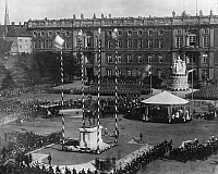 0197335 © Granger - Historical Picture ArchiveMONUMENT FRIEDRICH WILHELM III.   German Empire Kingdom Prussia - Brandenburg Provinz (Province) - Berlin: Monument: unveiling of the monument Friedrich Wilhelm III. in Lustgarten during the withdrawal of troops - 1871 Vintage property of ullstein bild 01019761.