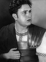 0198886 © Granger - Historical Picture ArchiveHANS FIDESSER.   Fidesser, Hans - Opera singer, Germany *1899-25.01.1982+ - as Pollio in Bellinis opera ' Norma ' - Photographer: Rudolph Dührkoop - Published by: 'B.Z.' 23.03.1936 Vintage property of ullstein bild 01056560.
