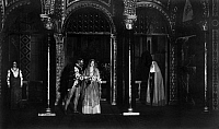 0202516 © Granger - Historical Picture ArchiveJOHN FORSELL AS FRANCESCO.   Germany, world premiere of the opera 'Mona Lisa' von Max von Schillings in Stuttgart, on stage singer John Forsell as Francesco (left), and Hedy Iracema-Bruegelmann as Mona Lisa, 1915, published in Zeitbild 80/1915, photo by R. Vollmar, ullstein bild ID 00965047.