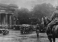 0215010 © Granger - Historical Picture ArchiveWERNER FREIHER VON FRITSCH.   Fritsch, Werner Freiher von - Officer, Germany *04.08.1880-22.09.1939+ - commander-in-chief of the Heer until 1938 - state funeral in Berlin - Photographer: Herbert Hoffmann - Published by: 'B. (Extra Ausgabe)' 26.09.1939 Vintage property of ullstein bild 01097913.