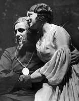 0215542 © Granger - Historical Picture ArchiveWILLI DOMGRAF FASSBAENDER.   Willi Domgraf-Fassbaender *19.02.1897-15.02.1978+ opera singer, actor, Germany with singer Maguerita Perras in the opera 'Der Pfeifertag' by composer Max von Schillings - date unknown, probably 1931 published: BZ 14.09.1931 photo by Freiherr Wolff von Gudenberg, ullstein bild ID 00928513.