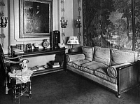 0217812 © Granger - Historical Picture ArchiveCULTURE.   German Empire Free State Prussia: sitting room - Photographer: Atelier Binder - Published by: 'Vossische Zeitung' 1921 Vintage property of ullstein bild.