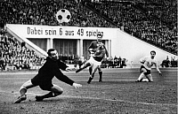 0219430 © Granger - Historical Picture ArchiveSOCCER.   UEFA European Football Championship 1968, Preliminary round, Group 5, match in Leipzig: German Democratic Republic (GDR, East Germany) vs. Hungary 1:0 - goal by Henning Frenzel (GDR, right), goalkeeper Gyula Tamas (HUN), October 29, 1967.