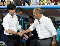 0219575 © Granger - Historical Picture ArchiveSOCCER.   Switzerland - Basel: UEFA EURO 2008 - Semi-Final, Germany v Turkey 3:2 - German national team coach Joachim Loew exchanging handshake with Turkish national team coach Fatih Terim (r.) before the match - 25.06.2008.