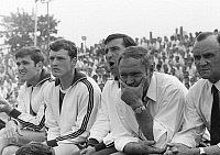 0220803 © Granger - Historical Picture ArchiveSOCCER.   Football Germany, Regionalliga 1968/1969, promotion match to the Bundesliga 1969/1970, Rot-Weiss Oberhausen versus SV Alsenborn 4:1, Niederrhein Stadium in Oberhausen, coach, trainer and football players of Alsenborn on the bench f.l.t.r. Werner Fuchs, Bernhard Oberle, coach Goeller, Hans Helmes, Dr. Leo Dietzel, 15.06.1969.