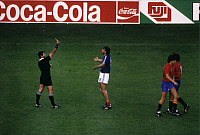 0220824 © Granger - Historical Picture ArchiveSOCCER.   UEFA European Football Championship 1984, Final_tournament in France, final in Paris: France vs. Spain 2:0, scene of the match, referee Vojtech Christov (SVK) sends off Yvon Le Roux (FRA, c.), June 27, 1984.