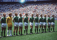0221227 © Granger - Historical Picture ArchiveSOCCER.   1986 FIFA World Cup in Mexico Final at Aztec Stadium, Mexico City: Argentina 3 - 2 Germany - Line-up of the German team before the kick-off. From left: Karl-Heinz Rummenigge, goalie Harald 'Toni' Schumacher, Hans-Peter Briegel, Ditmar Jakobs, Thomas Berthold, Karl-Heinz Foerster, Norbert Eder, Klaus Allofs, Andreas Brehme, Felix Magath, Lothar M