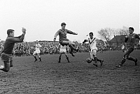 0221516 © Granger - Historical Picture ArchiveSOCCER.   Football Germany, Regionalliga West, 1965/1966, Fuerstenberg Stadium in Gelsenkirchen, STV Horst-Emscher versus Fortuna Duesseldorf 3:7, scene of the match f.lt.r. goalkeeper Bernd Petrasch (STV), Reinhold Straus (Ddorf), Hans Uwe Goebel (STV), Horst Haefner (Ddorf), Rainer Krull (STV), 11.04.1966.