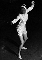 0221999 © Granger - Historical Picture ArchiveSPORTS.   Fencer with foil - Photographer: Max Ehlert - Published by: 'Die Dame' 23/1938 Vintage property of ullstein bild.