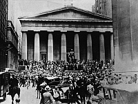 0223375 © Granger - Historical Picture ArchiveFINANCE.   New York, Black Thursday (October 24, 1929): People gathering at Wall Street in front of the New York Stock Exchange (NYSE) - October 25, 1929.