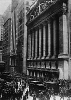 0223395 © Granger - Historical Picture ArchiveNEW YORK STOCK EXCHANGE.   New York, Black Thursday (October 24, 1929): People gathering at Broad Street in front of the New York Stock Exchange - October 25, 1929.
