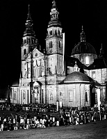 0224030 © Granger - Historical Picture ArchiveRELIGION.   76th Katholikentag (Catholic Day) in Fulda. 20.000 people in from of the cathdral listening to Karl Prince zu Loewenstein. 02.09.1954.
