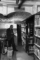 0224361 © Granger - Historical Picture ArchiveEDUCATION.   Libary in a fallout shelter - Photographer: Hanns Hubmann - Published by 'Signal' 05/1944.