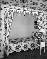 0226087 © Granger - Historical Picture ArchiveDESIGN.   country house Wrede in Werder an der Havel: bedroom with canopy bed - architect: Lene Michels-Frugner - Photographer: Zander & Labisch - 1933 Vintage property of ullstein bild.