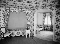 0226168 © Granger - Historical Picture ArchiveDESIGN.   country house Wrede in Werder an der Havel: bedroom with canopy bed - architect: Lene Michels-Frugner - Photographer: Zander & Labisch - Published by: 'Die Dame' 15/1933 Vintage property of ullstein bild.