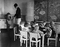 0227673 © Granger - Historical Picture ArchivePEOPLE.   Germany, children's home in Berlin Wiessensee. Picture taken by Frankl 1929.